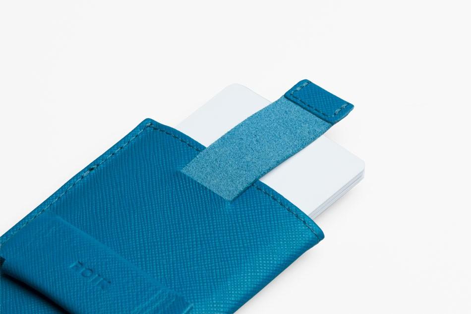 Cartera de piel ROIK Cards and Keys Blue Wave